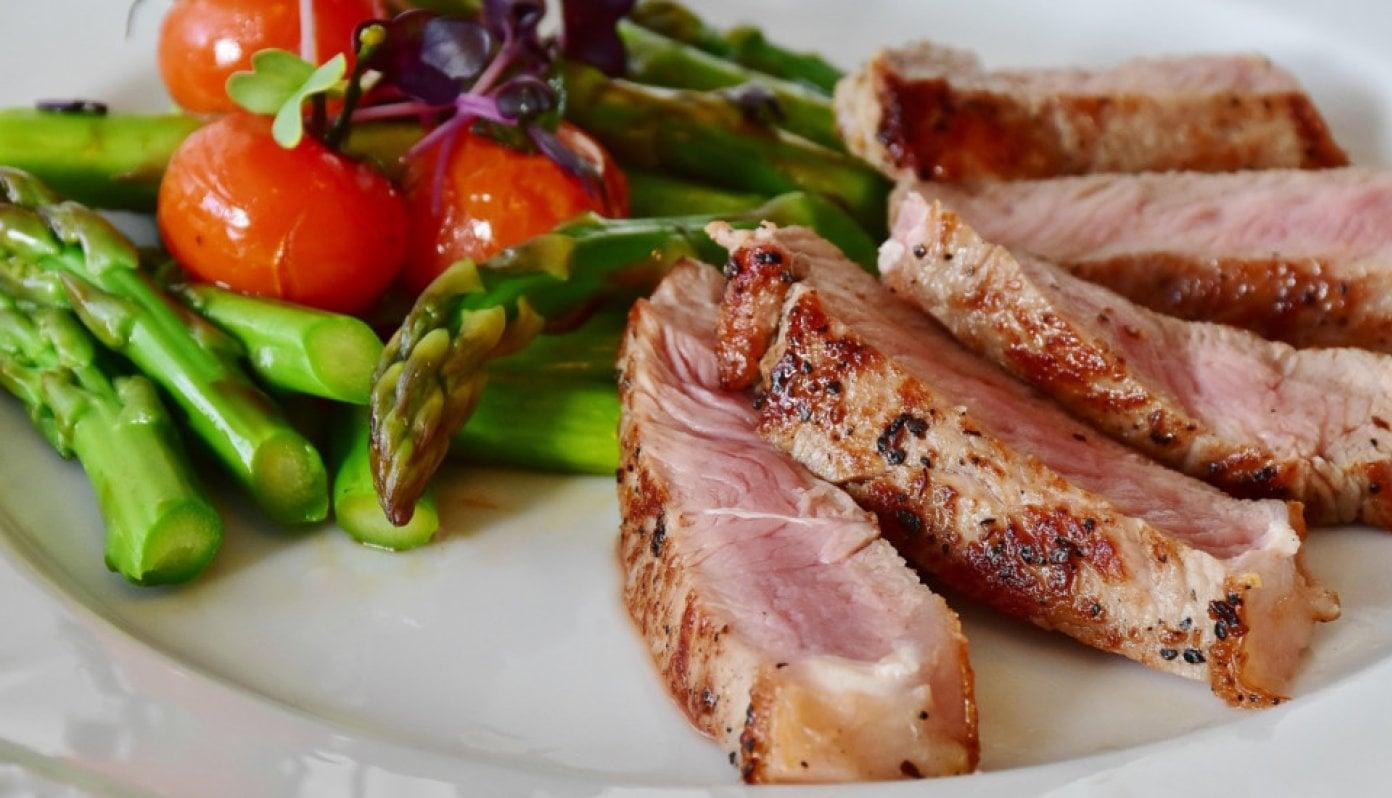 t-bone-steak-w1392-center